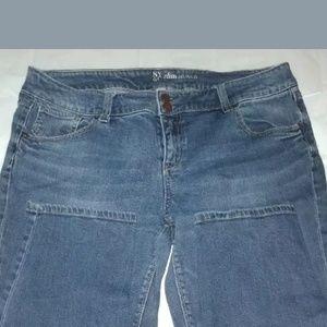 NY&C slim jeans Size 16